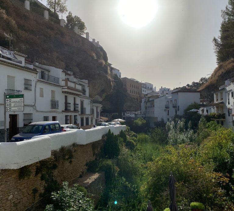 Cuevas del Sol y Cuevas de la Sombra en Setenil de las Bodegas